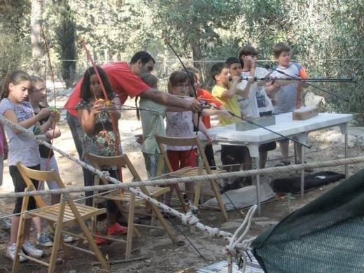 מטווח חץ וקשת ונשפנים - פעילות לילדים