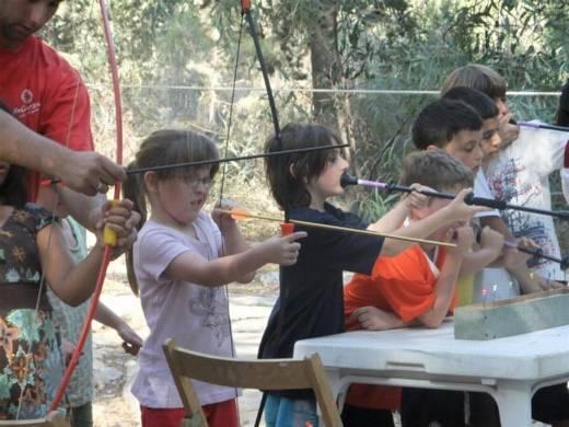 ירי חצים למטרה - חץ וקשת ונשפנים אינדיאנים