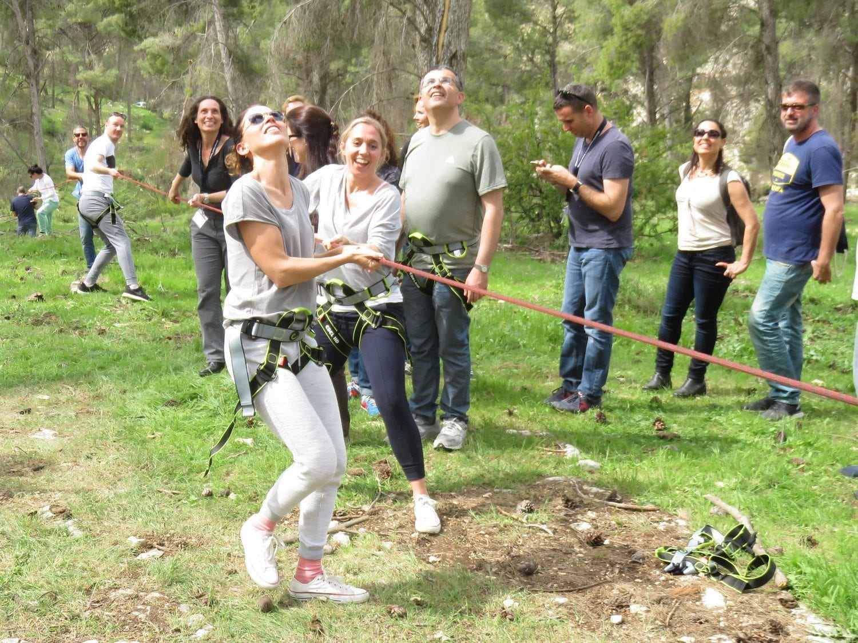 סדנאות מנהלים בניית צוותים עם ערוצים בטבע