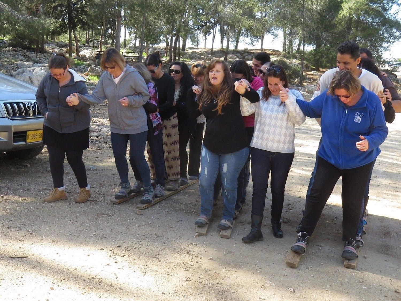 סדנאות מנהלים תרגילי צוות ערוצים בטבע