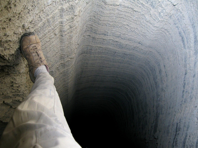 טיול סנפלינג למערת המלח קולונל עם נועם בנק