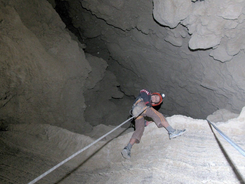 סנפלינג במערת המלח ערוצים בטבע