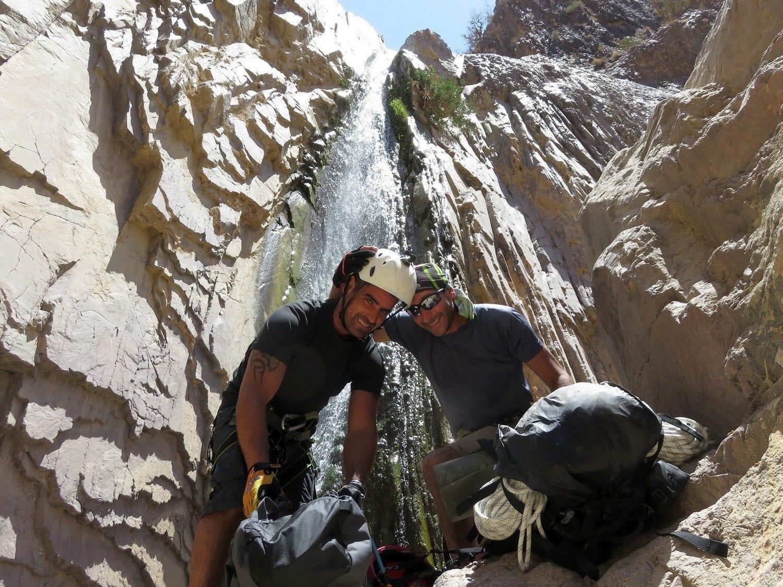 טיול סנפלינג לוואדי פייד בירדן ערוצים בטבע חוויה בלתי נשכחת