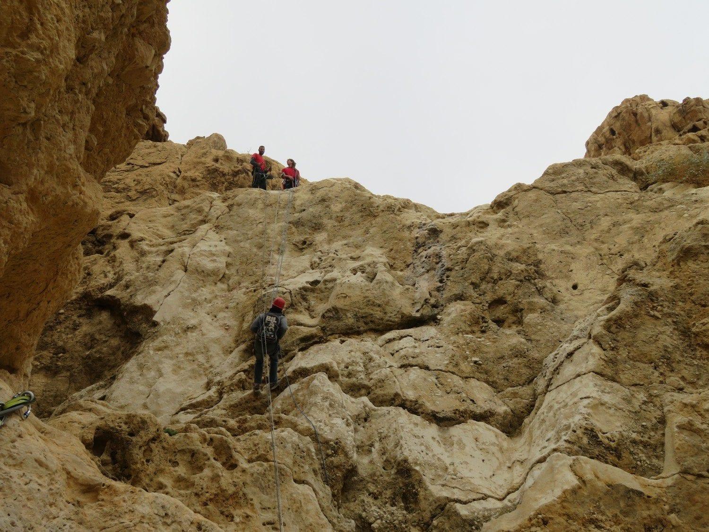 טיול סנפלינג לנחל חלמיש תחתון עם ערוצים בטבע