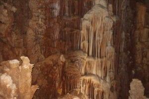 טיול מערות - סנפלינג למערות נטיפים - ערוצים בטבע