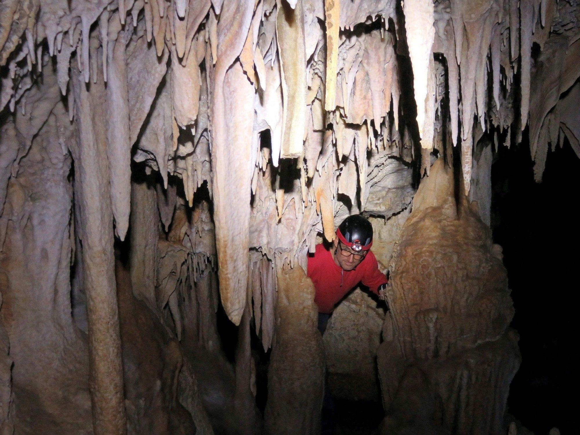 טיול סנפלינג אקסטרים למערה עם ערוצים בטבע