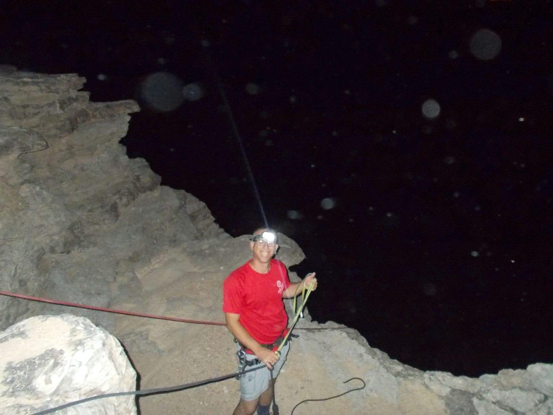 טיול סנפלינג בלילה - ערוצים בטבע