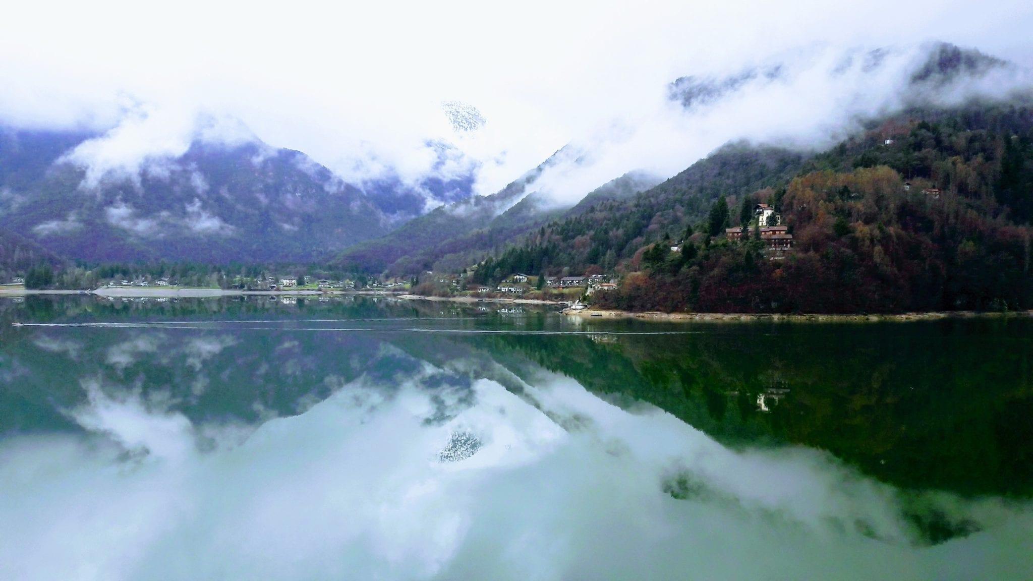 צפון איטליה מאורגן - הנוף מהחדר במלון – ערוצים בטבע