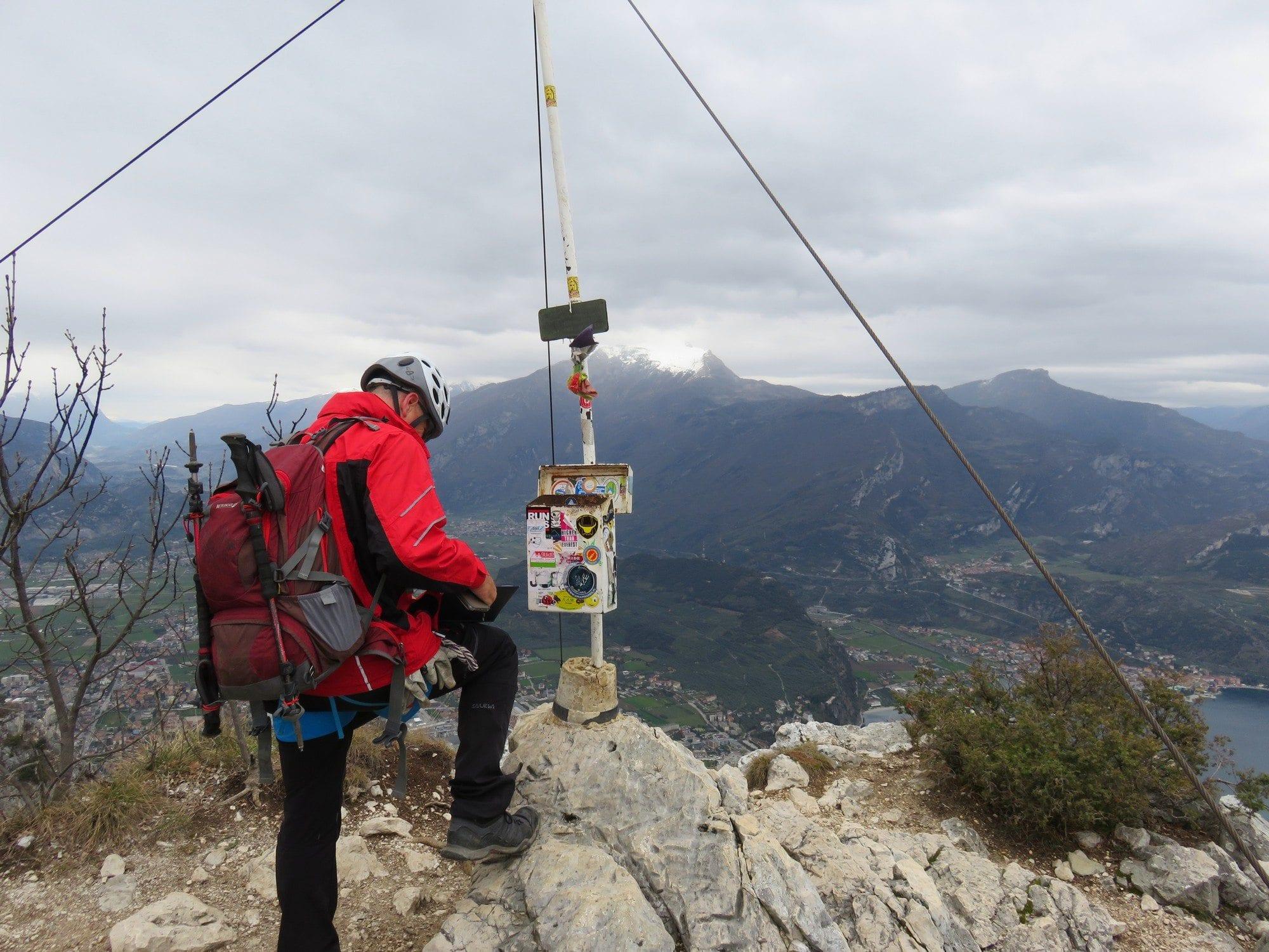 להגיע לפיסגה - ויה פראטה דולומיטים איטליה - מטיילים עם ערוצים בטבע