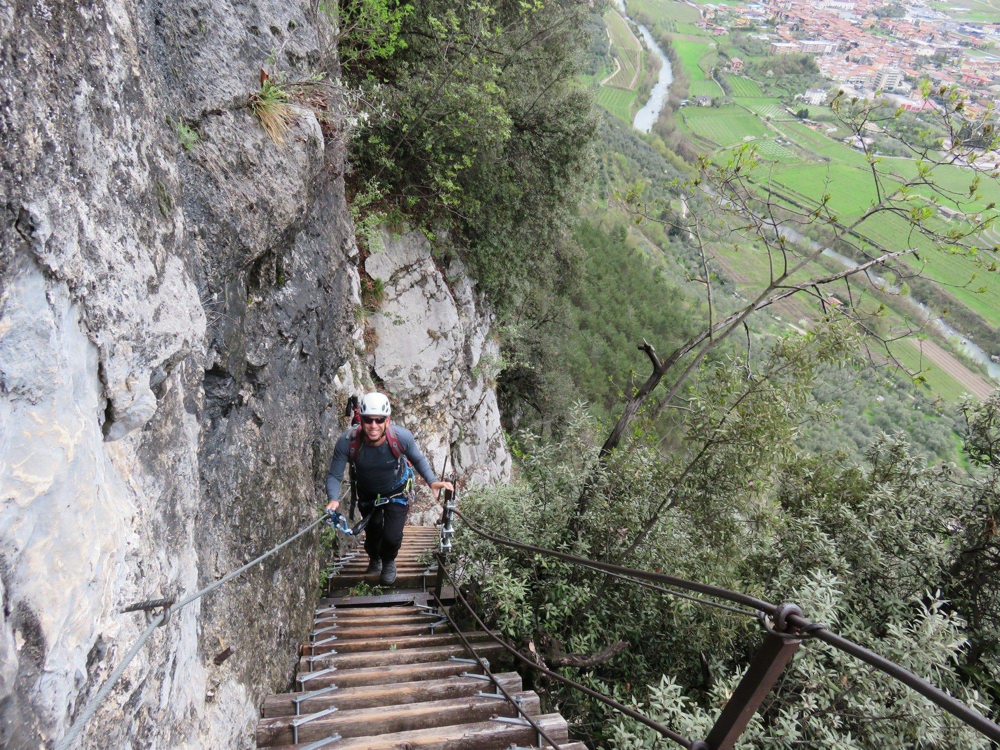 ויה פראטה Colodri, צפון איטליה, טיול אתגר, עם ערוצים בטבע