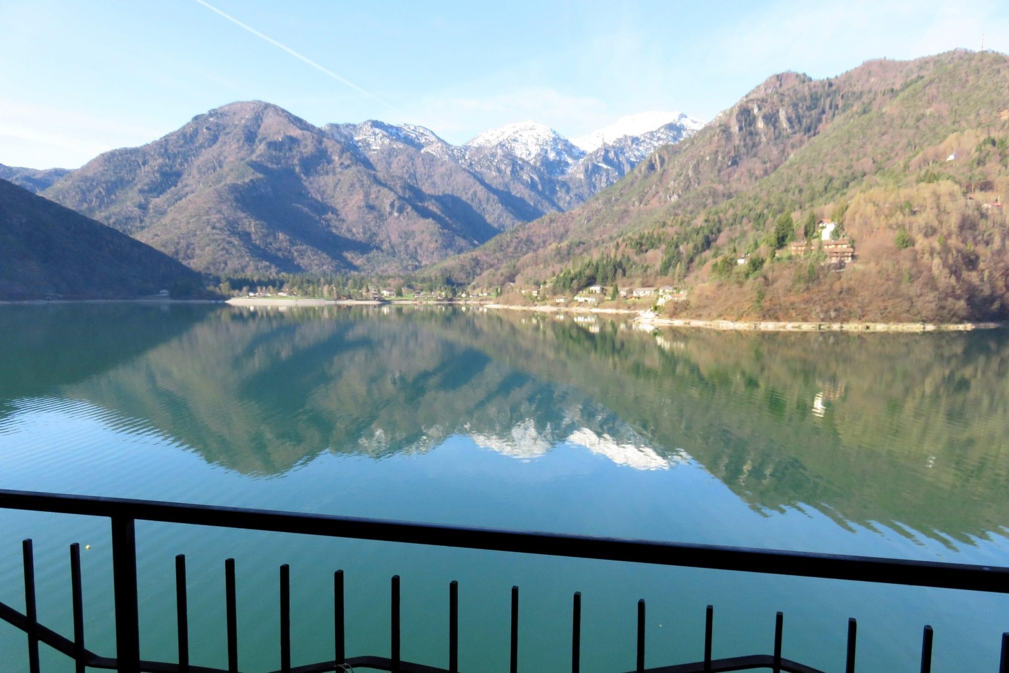 צפון איטליה מאורגן - הנוף במלון – ערוצים בטבע