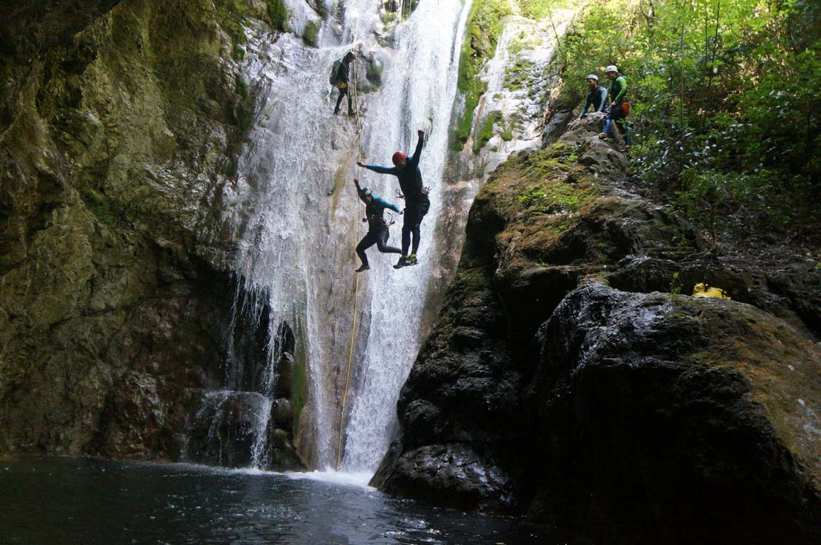 אקסטרים - חצי האי פליון - יוון - ערוצים בטבע