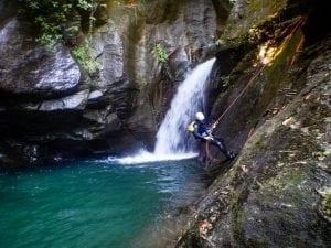 קניונינג פליון יוון ערוצים בטבע
