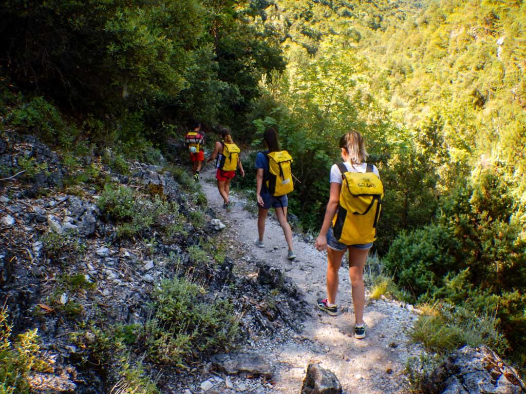 טיול סנפלינג באי פליון - יוון - ערוצים בטבע