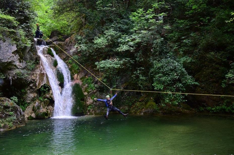טיולי אתגר - חצי האי פליון -  טיול מאורגן ביוון - ערוצים בטבע