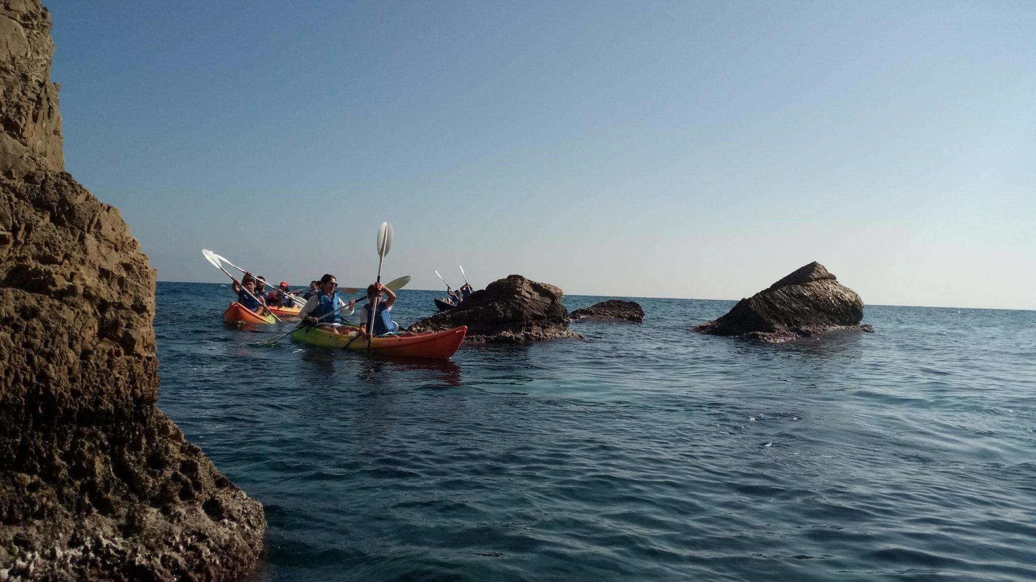 שייט קיאקים בים פליון - יוון - ערוצים בטבע