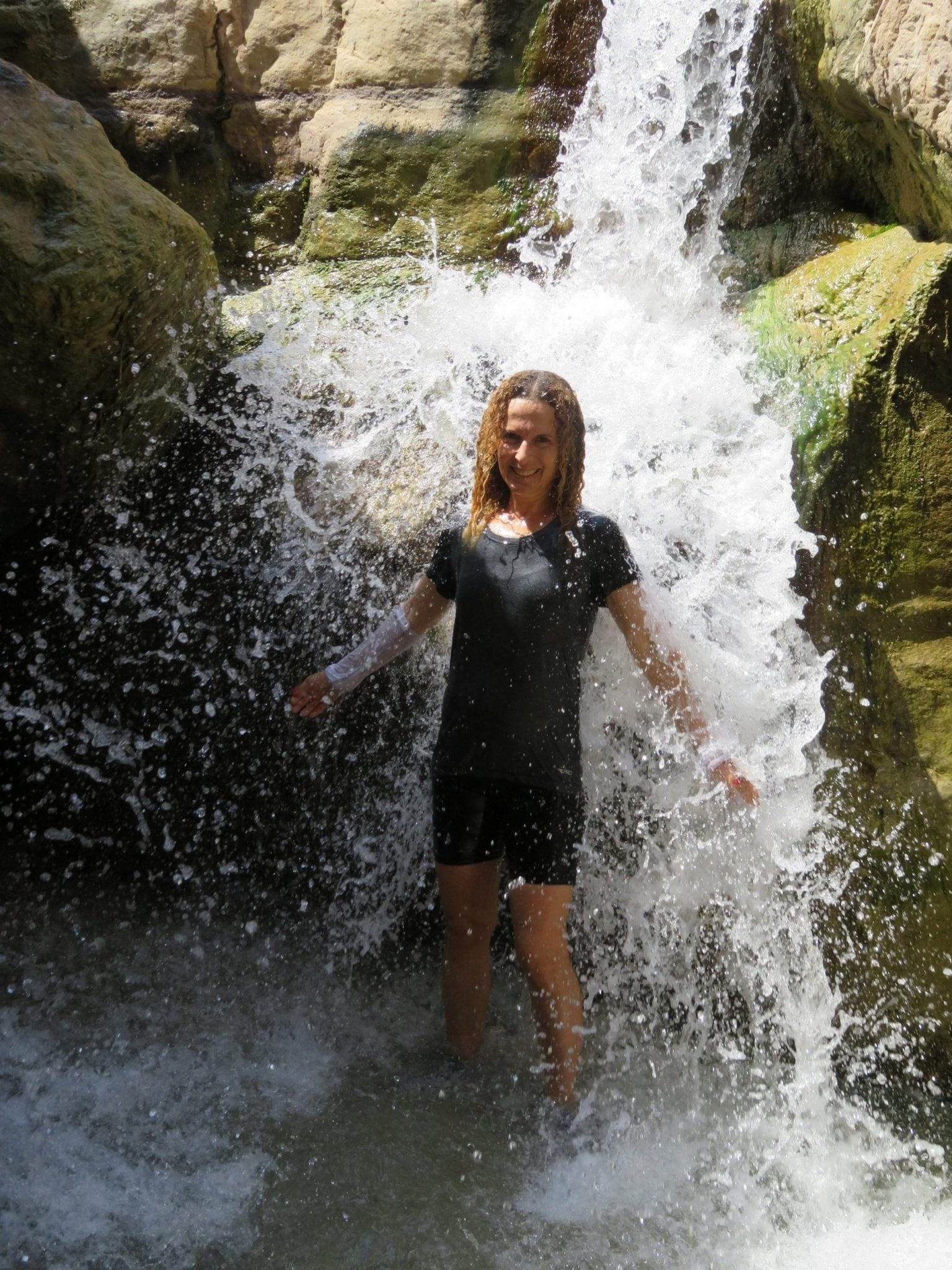 Wadi-Ghuweir, טיול בירדן, מטיבי לכת, ערוצים בטבע
