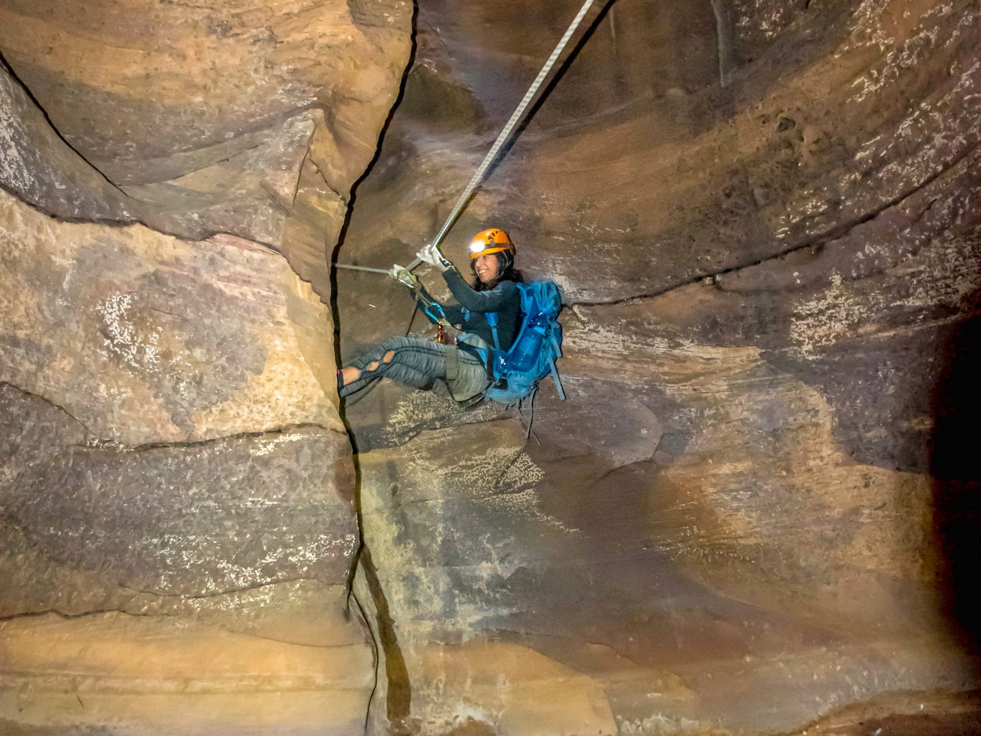 טיול לירדן - סנפלניג בקניוני ראג'ף - אומגה - ערוצים בטבע