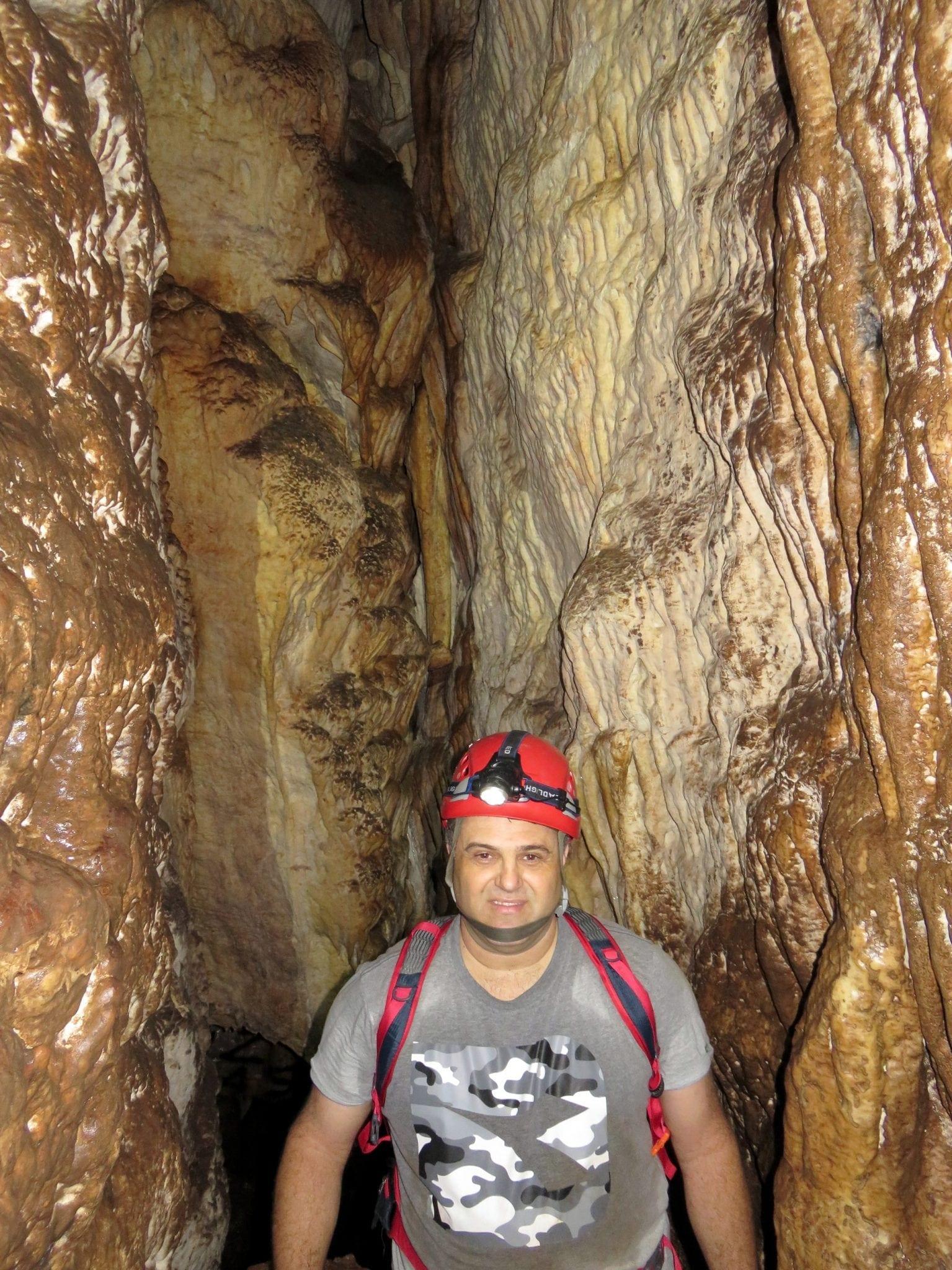 טיול במערת עלמה - ערוצים בטבע