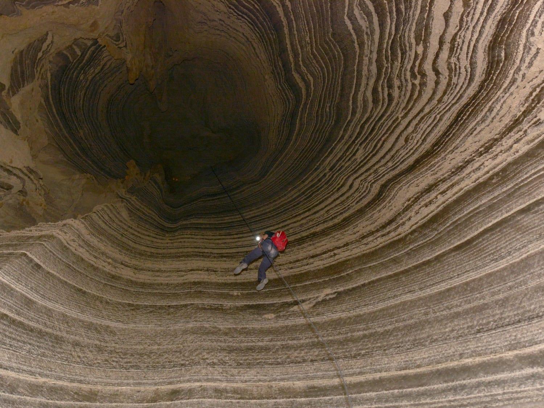 Rappelling in Israel Salt Cave - Banketgarim